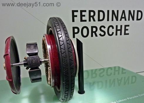 http://www.deejay51.com/PORSCHE/PORSCHEMUS%20EARLY1900A.JPG